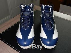 DeMarcus Ware Autographed Dallas Cowboys Game / Practice Used Cleats Gently Worn